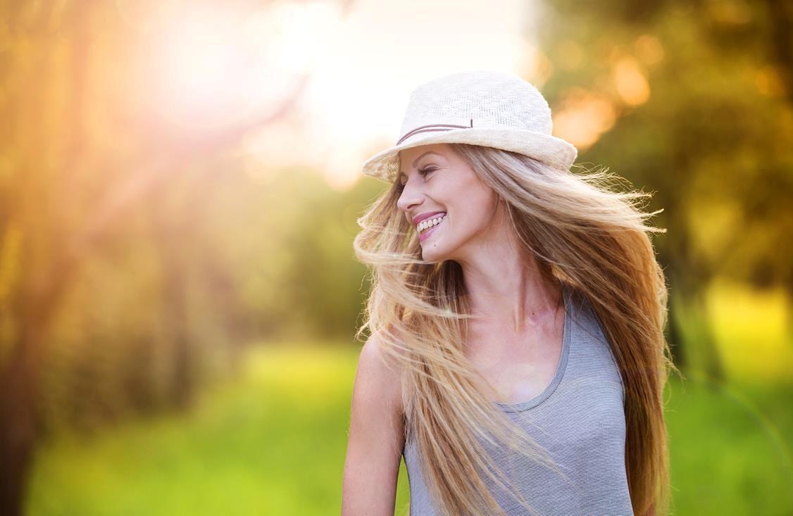 Fryzury na lato — jak wytrzymać upały?
