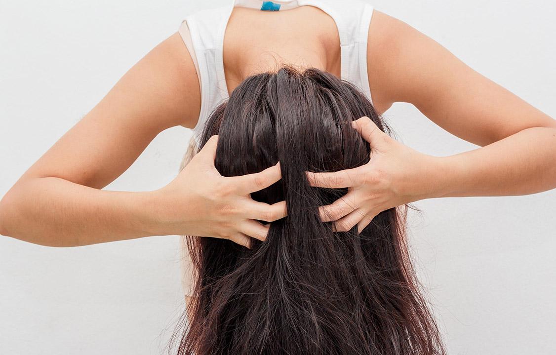 Jak określić typ swoich włosów, aby dobierać właściwe kosmetyki?