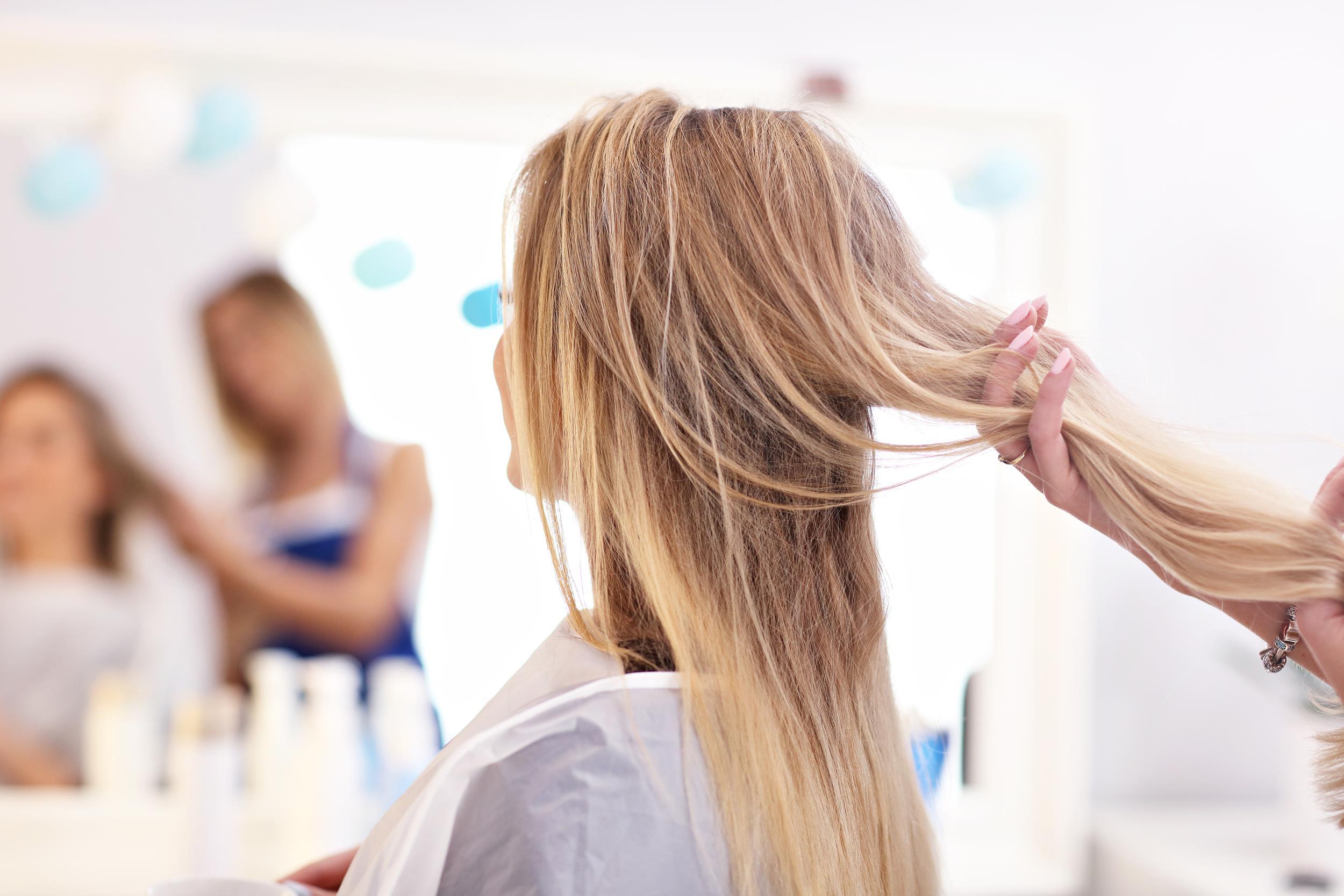 Porowatość włosów – na czym polega?